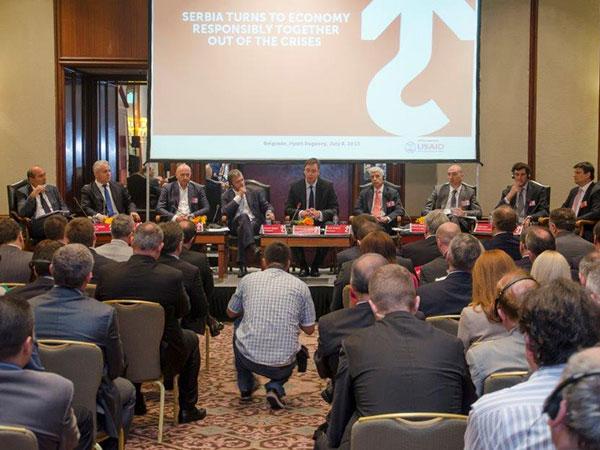 """Miodrag Kostić na konferenciji """"Srbija se okreće ekonomiji – odgovorno zajedno do izlaska iz krize"""""""