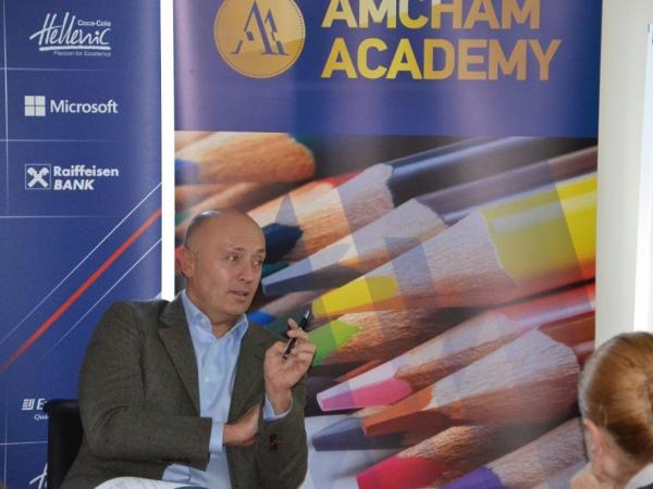 Miodrag Kostić održao predavanje u AmCham-u