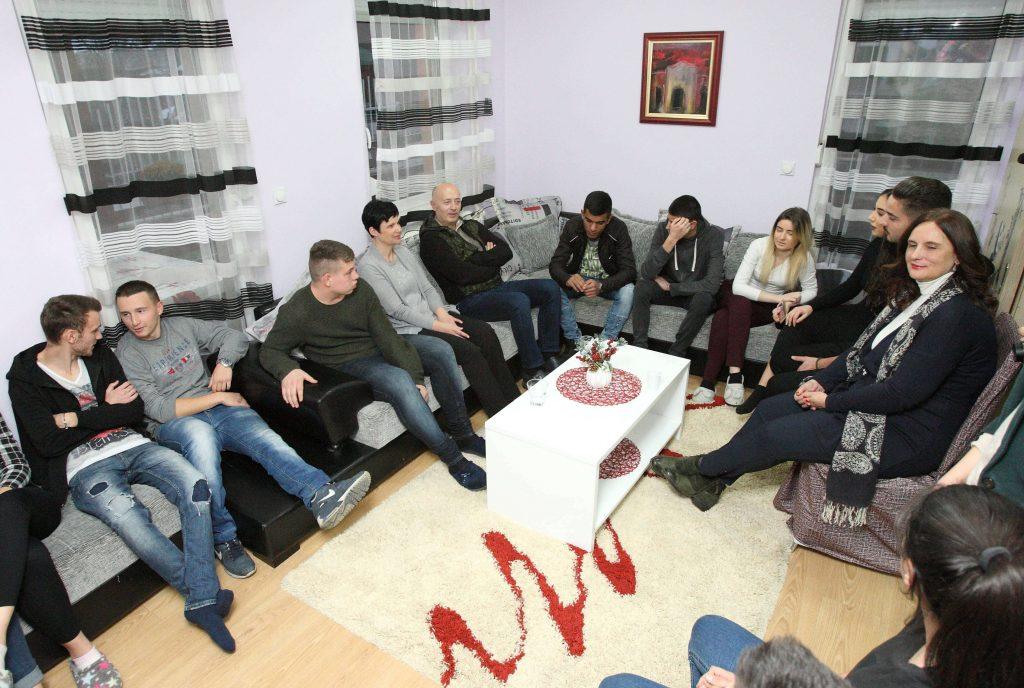 Miodrag Kostić obradovao štićenike SOS Dečijeg sela