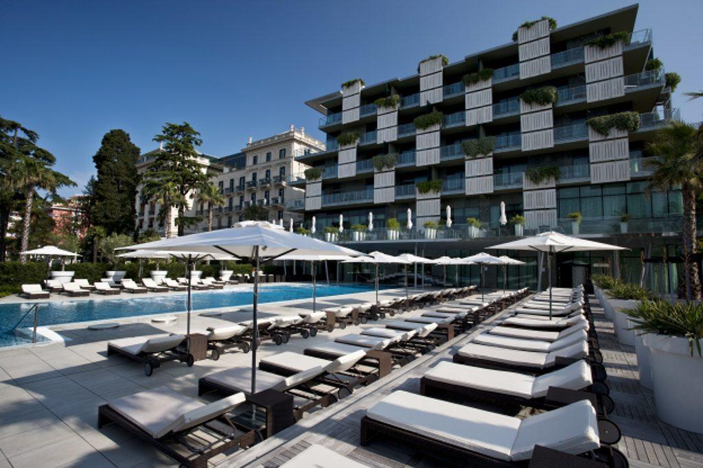 Hotel Palace Portorož investira pol miljona evrov v plažo v Portorožu